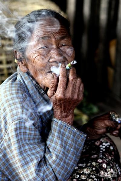 Alte Dame aus Burma, Myanmar