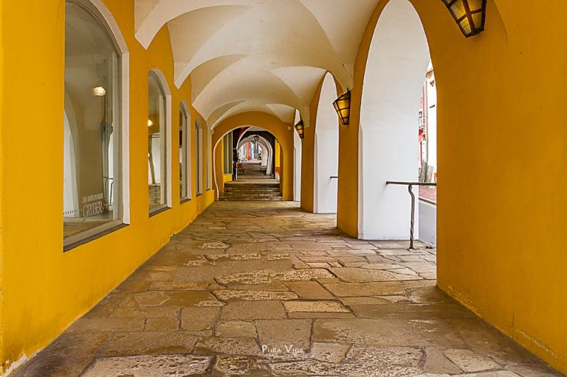 Laubengang, Wasserburg am Inn