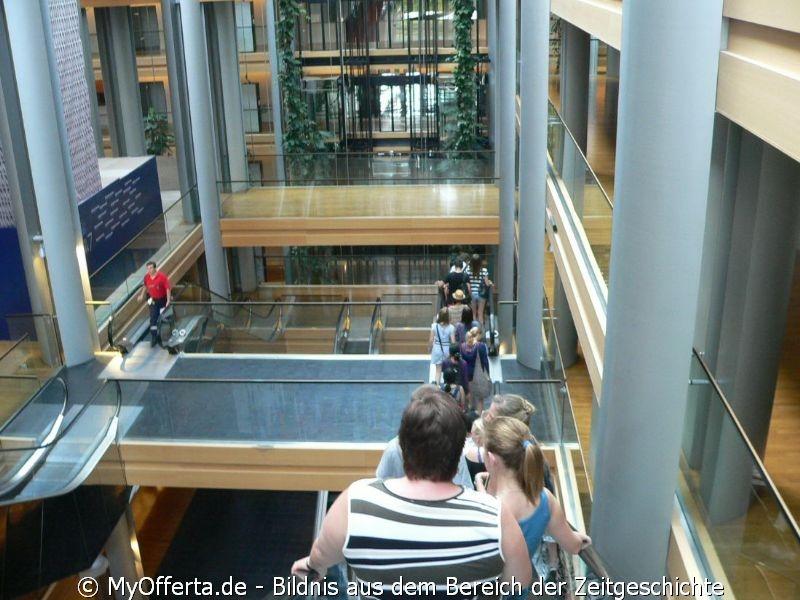 Andzelika Pallach besucht EU-Parlament in Strassburg