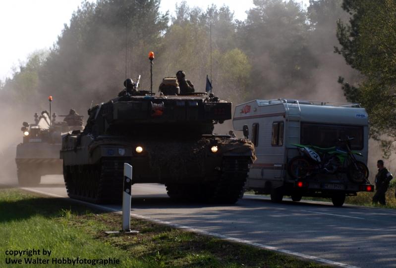 Gefechtsverband verläßt das Gefechtsübungszentrum in der Letzinger Heide
