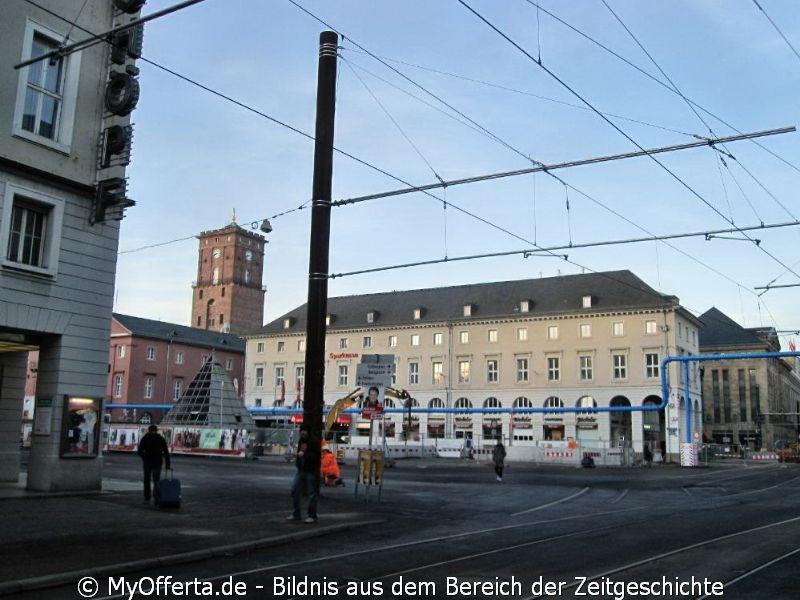 Karlsruhe - Marktplatz und seine Umgebung nach dem Aufwachen am 25.01.2016