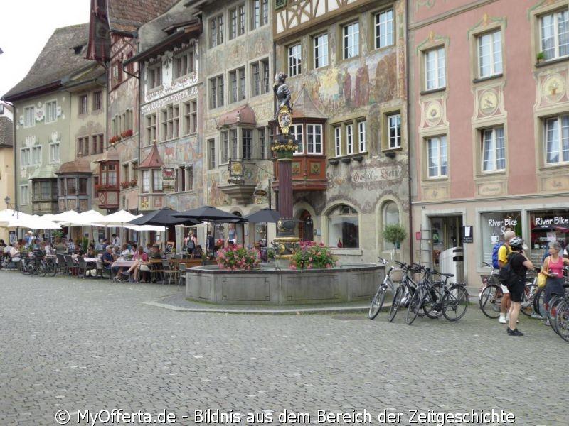 Stein am Rhein in der Schweiz wird erst 1267 erstmals als Stadt urkundlich erwähnt