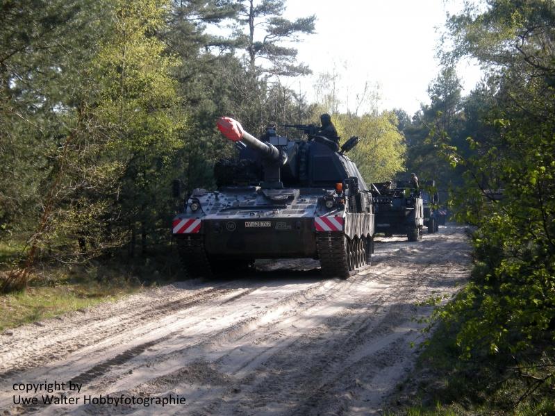 Panzerhaubitze 2000 auf dem Truppenübungsplatz Bergen